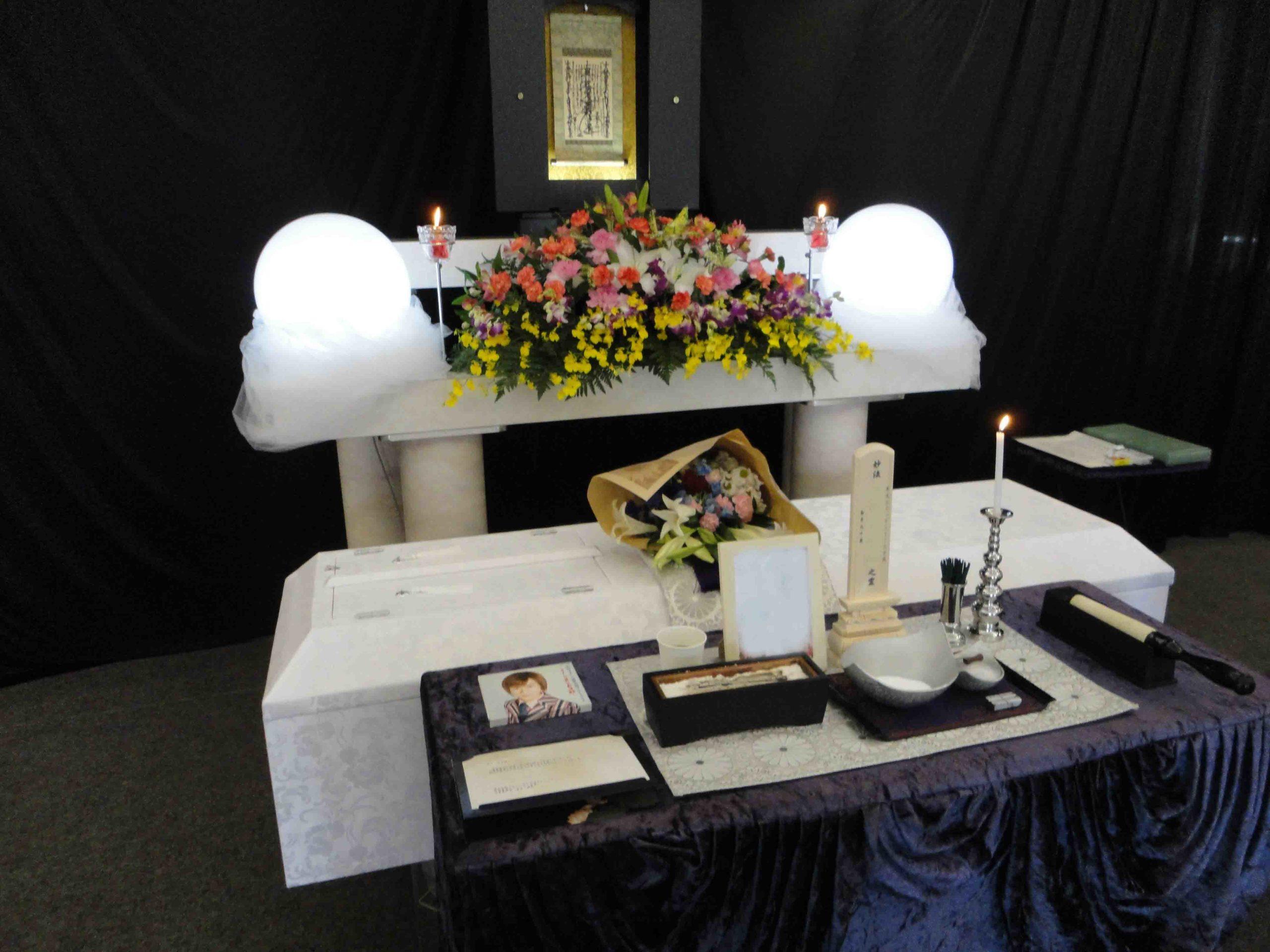 福祉葬での創価学会 友人葬での葬儀風景